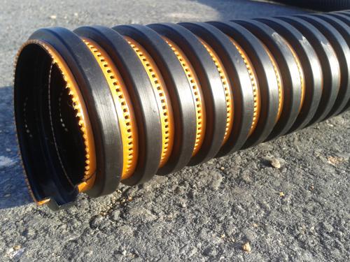 Tubo dreno perfurado