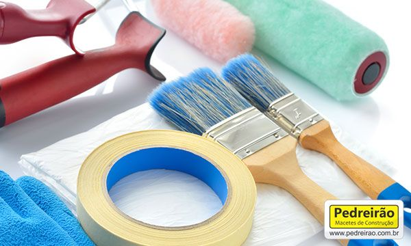 materiais-para-pintura-casa-construcao-obra-reforma-parede-pedreiro-pedreirao