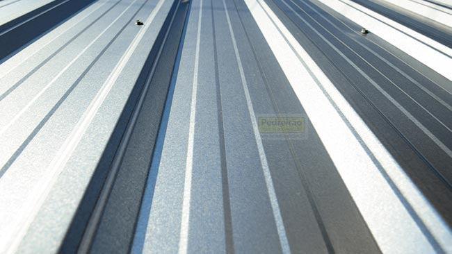telha-galvalume-metalica-trapezoidal-telhado-pedreirao