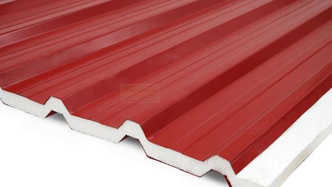 telha-sanduiche-termoacustica-metalica-telhado-trapezoidal-pedreirao