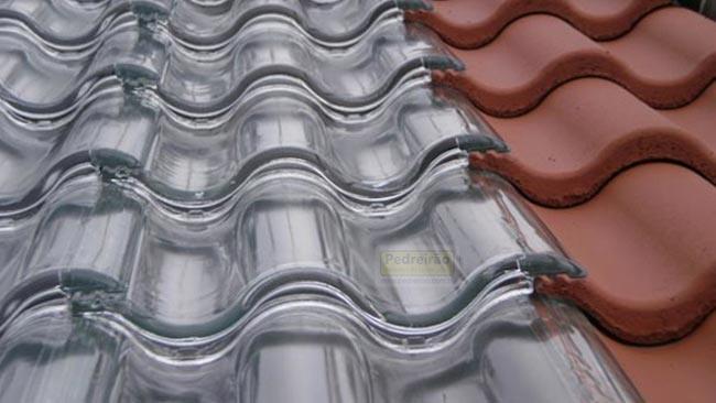 telha-vidro-transparente-telhado-colonial-casa-reforma-construcao-pedreirao