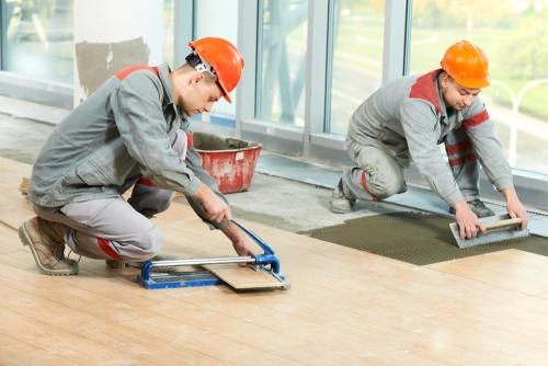 porcenalato-piso-assentar-construcao-pedreiro-pedreirao