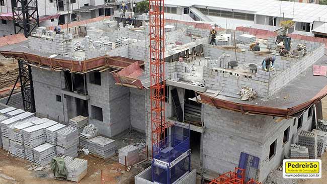 alvenaria-estrutural-predio-obra-parede-pedreirao
