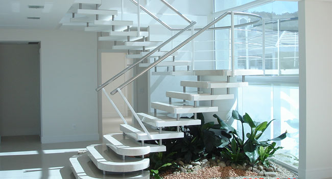 Resultado de imagem para Escada em U como espelho vazado