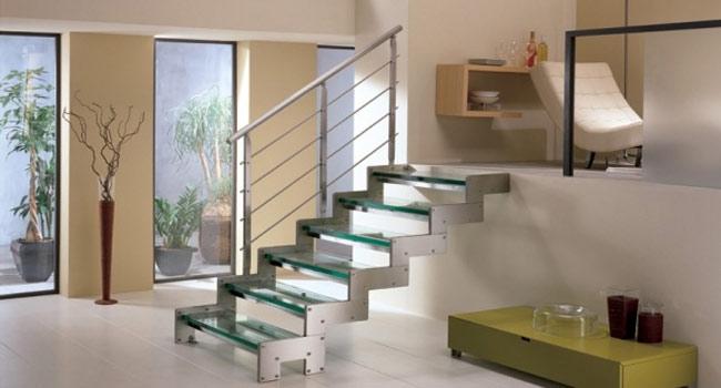 Resultado de imagem para Escada reta em aço e espelho vazado